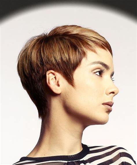 Kurzhaarfrisur mit langem nackenhaar frisuren kurze haare. Kurzhaarfrisur Langer Nacken - moderne frisuren