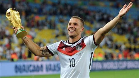 Lukas josef podolski (german pronunciation: Lukas Podolski: Der Weltmeister gibt seinen Abschied im DFB-Trikot - Eurosport