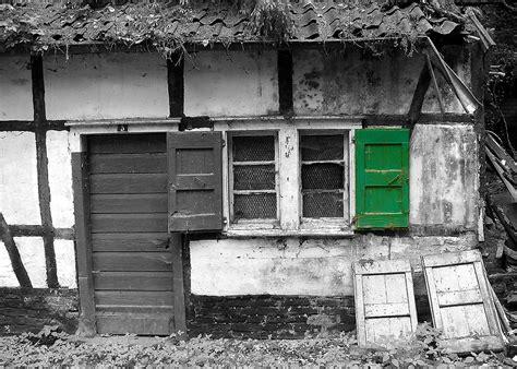 Da Ist Ein Kleines Häuschen   Bild & Foto Von No Me