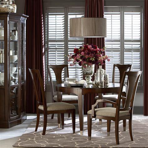 cosmopolitan  dining table  bassett furniture