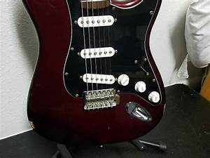 Fender Stratocaster Standard 2006 Wine Red Maroon Mexican
