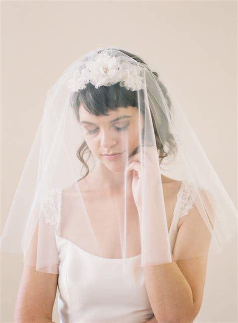 Wedding Veils Hair Accessories by 20 Bridal Hair Accessories For The 1950s Loving