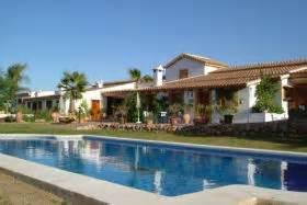 particulier huis huren op ibiza vakantiehuizen villa s en appartementen in spanje