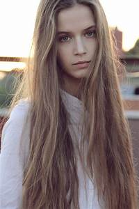 Very Long Blonde Hair - Hair Colors Ideas