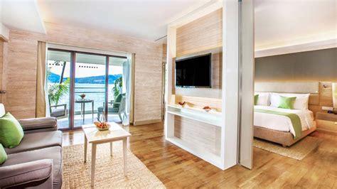 One Bedroom Deluxe Suite Ocean View