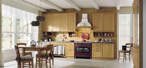 mobili in legno di pino cucina in pino massello personalizzabile con cestoni