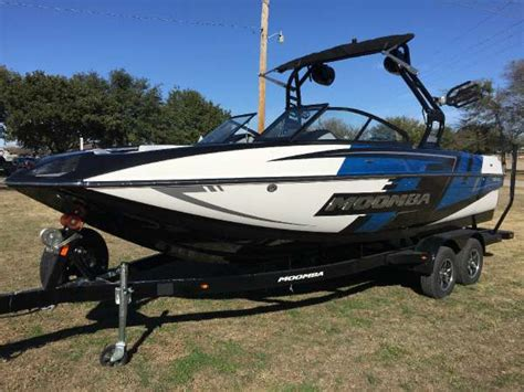 Moomba Boats Price by Moomba Boats For Sale 3 Boats