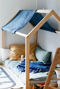 Hausbett Kinder Selber Bauen : hausbett f r kinder floor bed nach maria montessori ~ Markanthonyermac.com Haus und Dekorationen