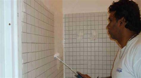repeindre des 駘駑ents de cuisine peinture carrelage repeindre cuisine mural et salle de bain sol