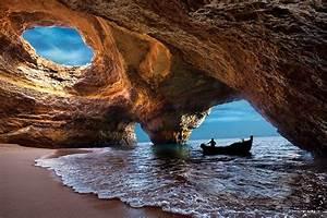 8 of the World's Most Extraordinarily Strange Beaches ...