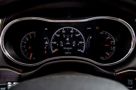 jeep cherokee dashboard 2014 jeep grand cherokee overland suv