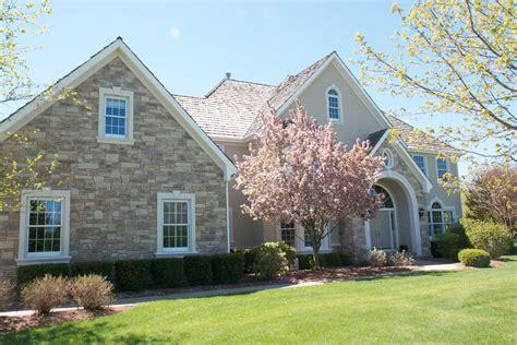 Home Exterior : Exterior Stone Veneer-transform Your Home With Exterior