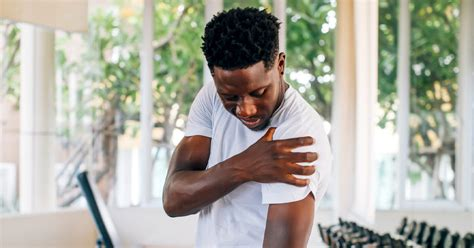 Rotator Cuff Tear Tests and Diagnosis: How They're Done