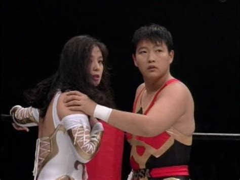 女子プロレス cuty suzuki vs muramoto doovi