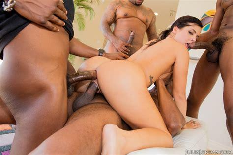 Top Pornstar Keisha Grey Gets Gangbanged By Huge Black