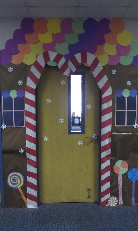 school door christmas decorating ideas gingerbread house classroom door decor gingerbread