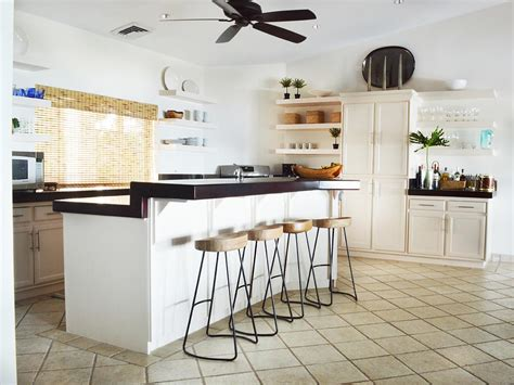 kitchen islands with seating for 4 photo page hgtv 9471