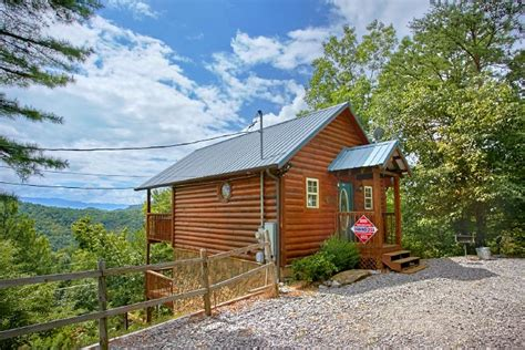 wears valley tn cabin rentals honeymoon cabin in wears valley cabin in wears