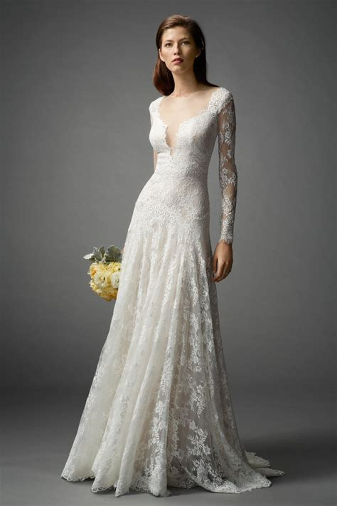 long sleeved wedding dresses  love rustic wedding chic