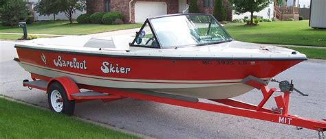 Ski Boat Builders by Ski Boat Forum An American Skier And Inboard Ski Boat
