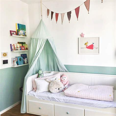 Wandgestaltung Kinderzimmer Bett by M 228 Dchenzimmer Kindertr 228 Ume Wahr Machen So Geht S