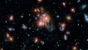 News   NASA Telescopes Find Galaxy Cluster with Vibrant Heart