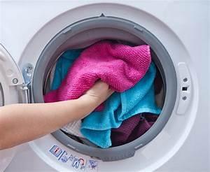 Waschmaschine Riecht Muffig : waschmaschine hilfe wenn die w sche stinkt ratgeber haus garten ~ Frokenaadalensverden.com Haus und Dekorationen