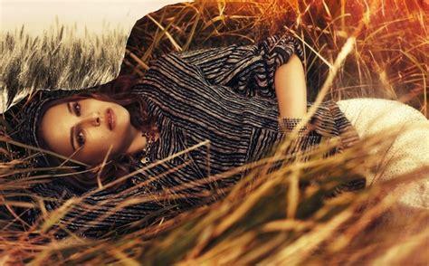 Radiant Natalie Portman Instyle Feb Photos