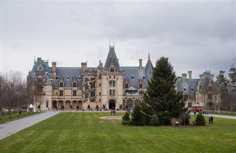visiting biltmore house and gardens asheville go 4