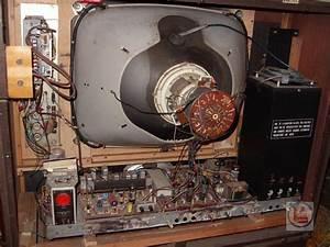 1967 Decca Ctv25  U2013 Radios