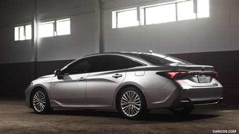 toyota avalon hybrid limited rear  quarter