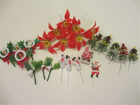 vintage christmas cake decorations or cupcake by memphisnanney