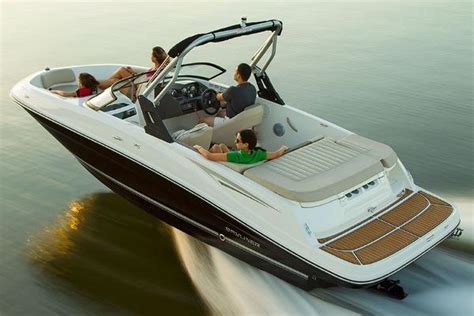 Sea Ray Boats In Fife Wa by 2016 Bayliner Vr5 Bowrider 20 Foot 2016 Bayliner Motor
