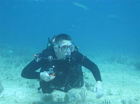 Scuba Dive Trips by Isla Scuba Diving Carey Dive Center Mexico