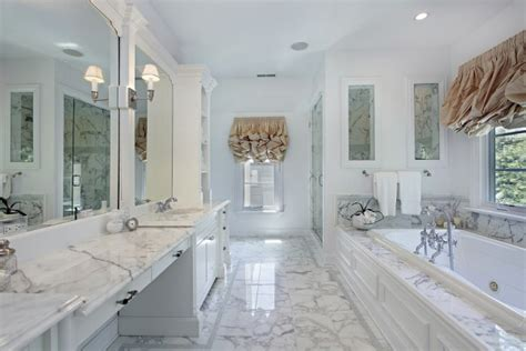 6 Awesome Master Bathrooms