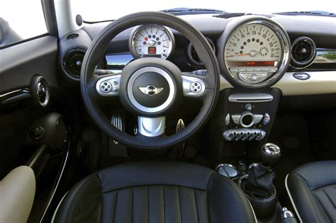 Interieur Mini One by Mini One Pepper 2007 Parts Specs