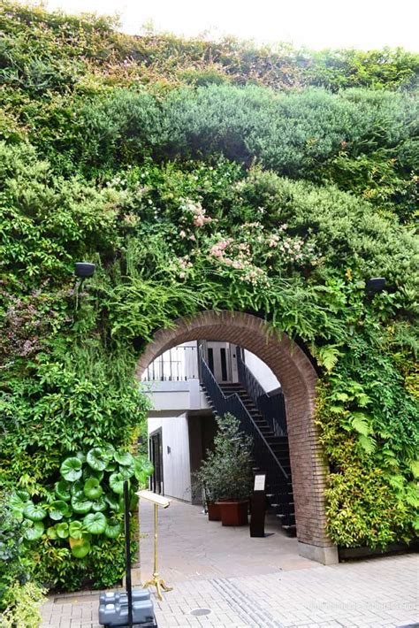 How To Make Your Own Vertical Garden by Get Inspired And Create Your Own Vertical Garden