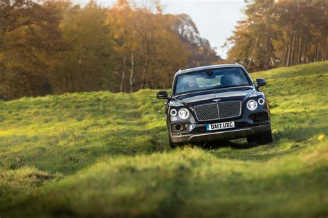 wallpaper bentley bentayga field sports  cars
