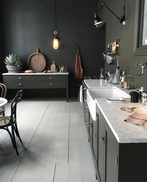and green kitchen best 25 green rooms ideas on green 6258