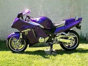 Honda Cbr 1100 Xx : custom paint 2003 honda cbr 1100 xx cbr 1100 xx super blackbird pinterest cbr honda and ~ Medecine-chirurgie-esthetiques.com Avis de Voitures