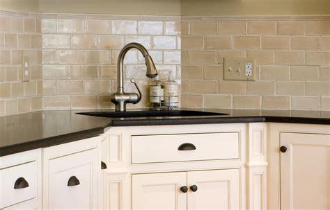 cream backsplash with white cabinets cream kitchen backsplash ideas image of decorative kitchen