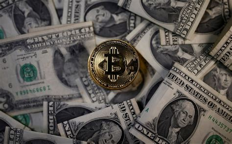 """Whichever the case may be, amazon is yet to accept bitcoin as a form of payment. Bitcoin cash (BCH) price could lead to bitcoin """"death spiral"""" — Quartz"""