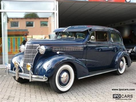 chevrolet master deluxe town sedan car photo  specs