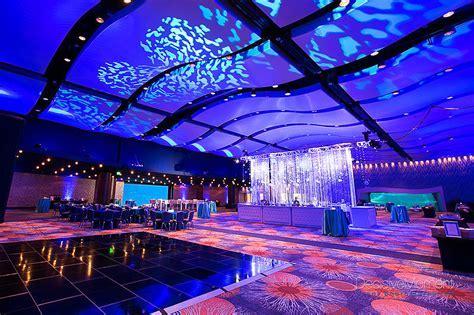 Georgia Aquarium Featuring Wolfgang Puck Catering   Venue