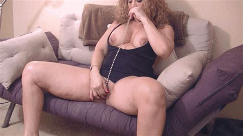 Hotlips Melanies Erotic Clip Store Squirting Pussy Play