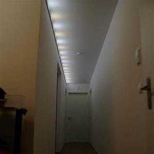 Flur Beleuchtung Decke : lange lampe flur beste inspiration f r ihr interior ~ Michelbontemps.com Haus und Dekorationen