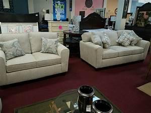 Jina39s home furniture in bakersfield jina39s home for Home design furniture bakersfield