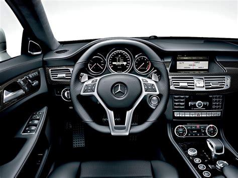 Big Garage De by фотографии салон Mercedes Cls 63 Amg 2011