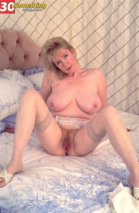 Coonymilfs - Sandy from 40 Something Mag, Mom sex Image #15