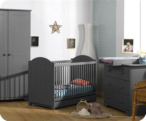 chambre gris foncé beautiful chambre bebe gris fonce pictures lalawgroup us